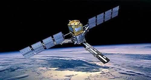 satellietes vs smartphones