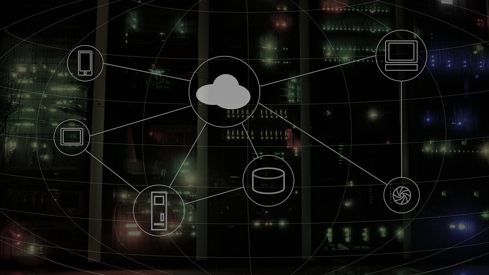 Microsoft Keeps Supporting Hybrid-Cloud Tools